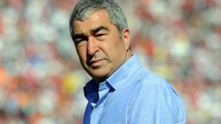 Beşiktaş ile Samet Aybaba'nın yolları resmen ayrıldı
