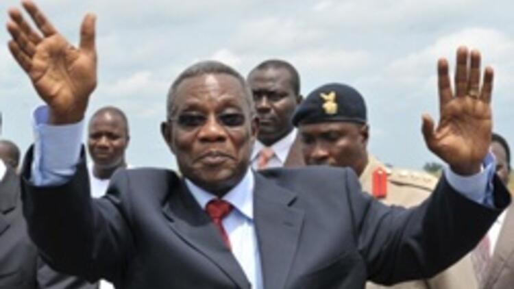 Gana Devlet Başkanı Mills öldü