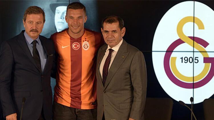 Lukas Podolski imzaladı | Galatasaray Transfer haberleri
