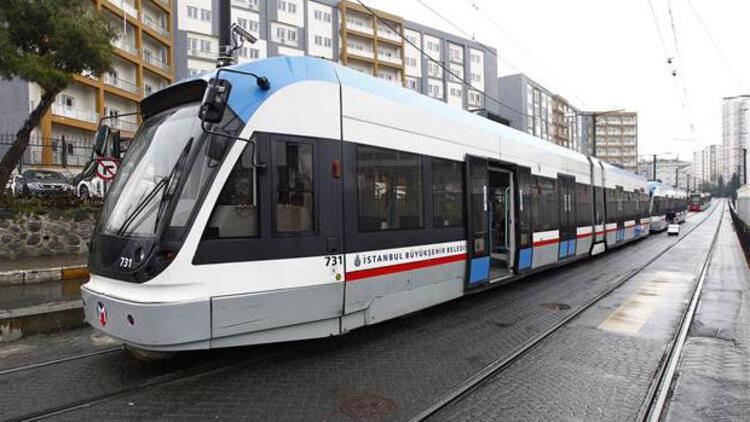 Marmaray ve tramvayda seferleri tekrar başladı