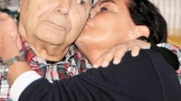 53 yıldır sevgiliyiz
