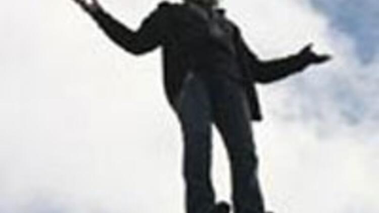 Uçan adam bilimi kilitledi