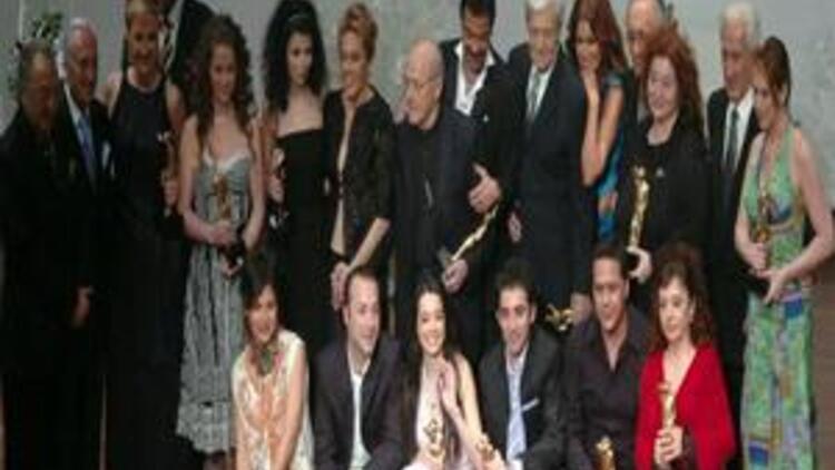 Sadri Alışık Ödülleri'nde en iyiler