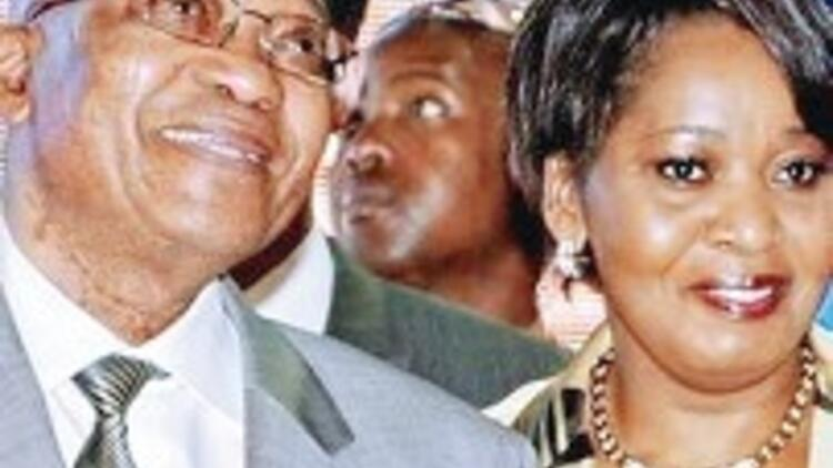 Zuma 22. kez baba oluyor