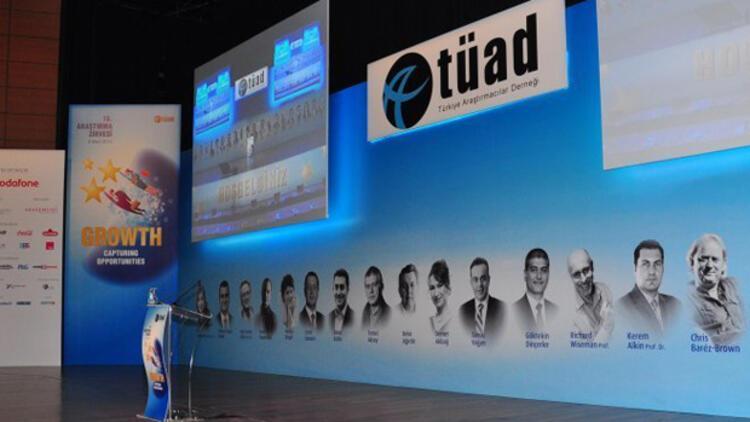 TÜAD Zirvesi araştırma sektöründe değer ve dönüşümü tartışıyor