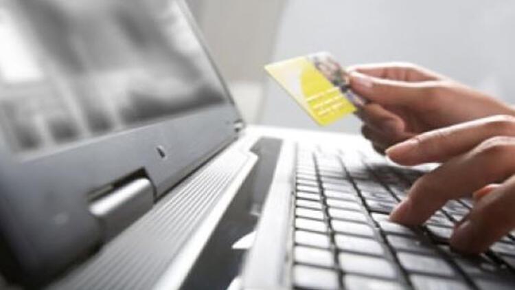 Online alışverişin yüzde 70'i yorumlara dayalı