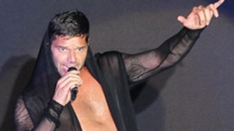 Ricky Martin, Kuruçeşme'yi salladı