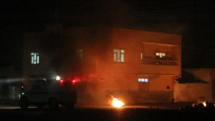Askeri aracın geçişi sırasında mayın patladı: 1 şehit, 8 yaralı