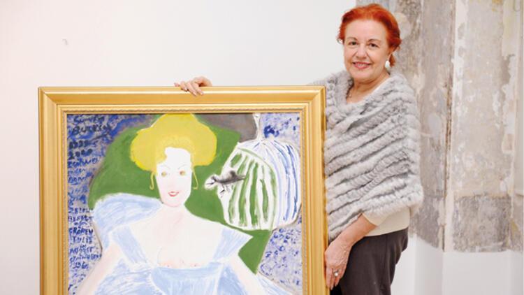 Semiha Berksoy müzelik eserleriyle galeride
