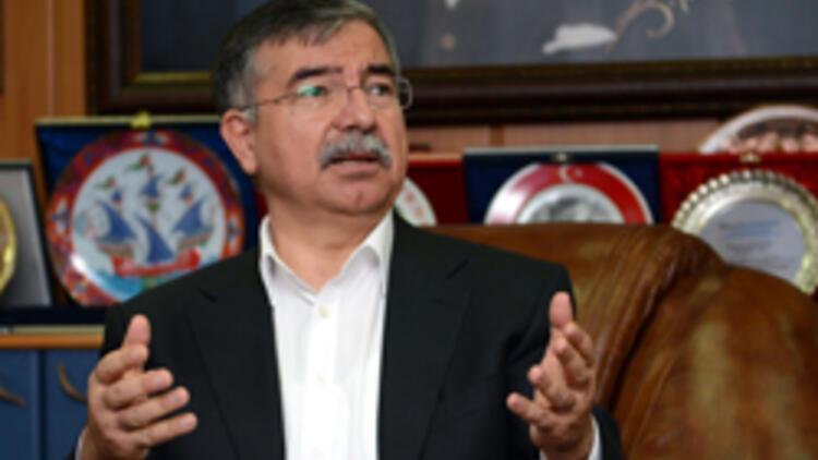 Milli Savunma Bakanı İsmet Yılmaz: Evet Başbuğ'un rütbeleri sökülür