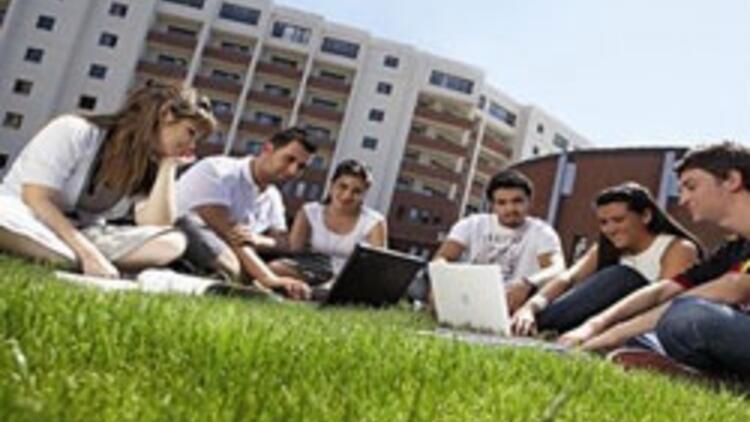 TEV, 52 başarılı öğrenciye aylık bin TL burs verecek