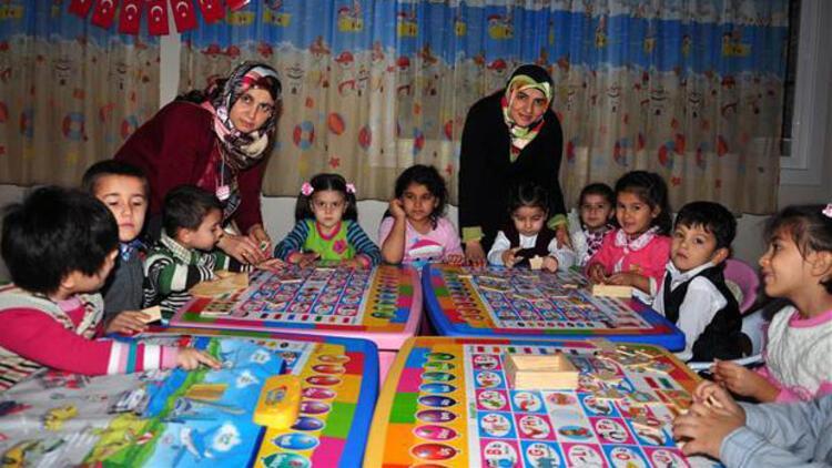Kur'an kursu kreşlerinde oyun eşliğinde din eğitimi