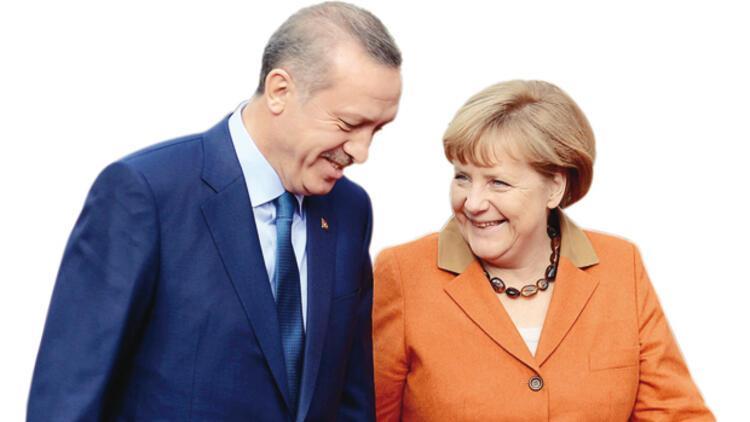 Almanya Başbakanı Merkel ajanlarına Türkiye'yi dinletmiş