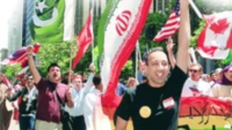 İranlI gay'lerin gizli dünyası