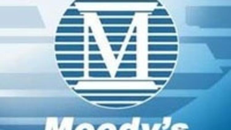 Moody's İrlanda'nın notunu beş kademe indirdi