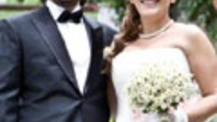 Şebnem Bozoklu evlendi