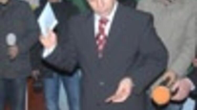 Pro-Kurdish DTP sweeps Diyarbakir