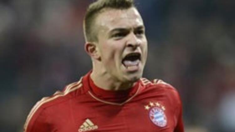 Bayern Münih 10 kişiyle turladı