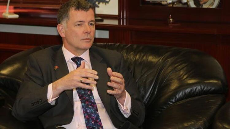 İngiltere Büyükelçisi Moore'dan Hürriyet'e saldırı tepkisi