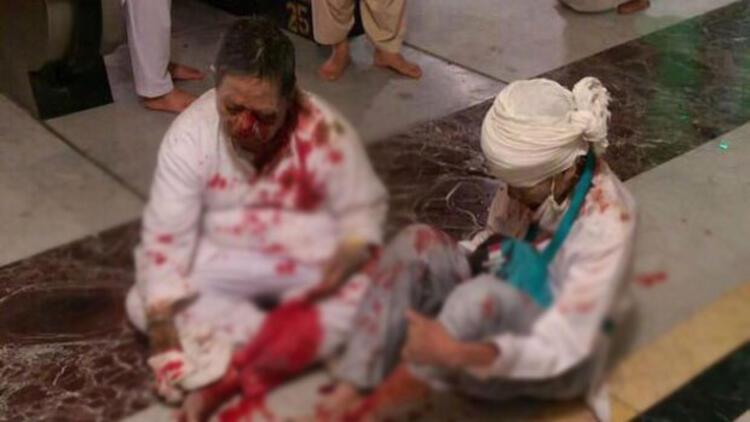Kabe'de vinç devrildi: En az 107 kişi yaşamını yitirdi