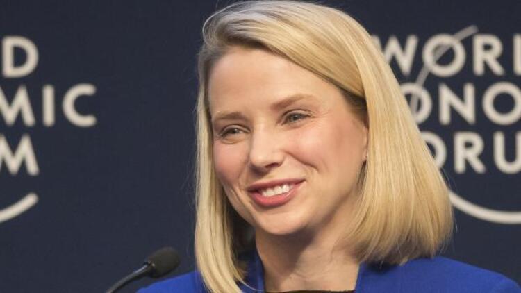 Yahoo CEO'su Mayer ikizlere hamile