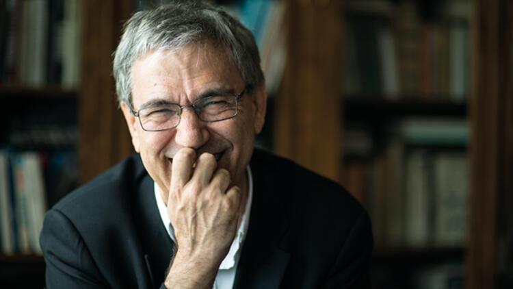 2015 Erdal Öz Edebiyat Ödülünün sahibi Orhan Pamuk