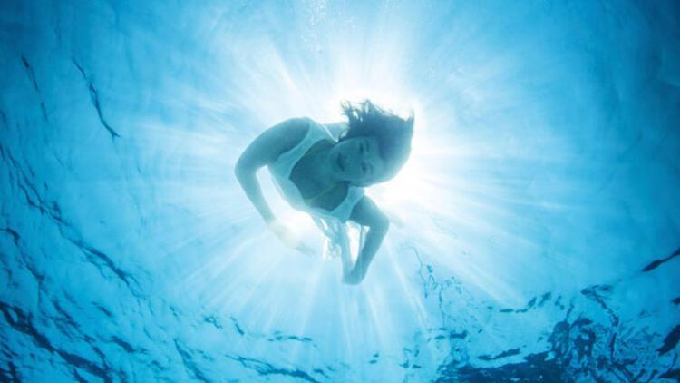 Vücuttaki birçok kası aynı anda çalıştıran yüzme ile nasıl kilo verilir?