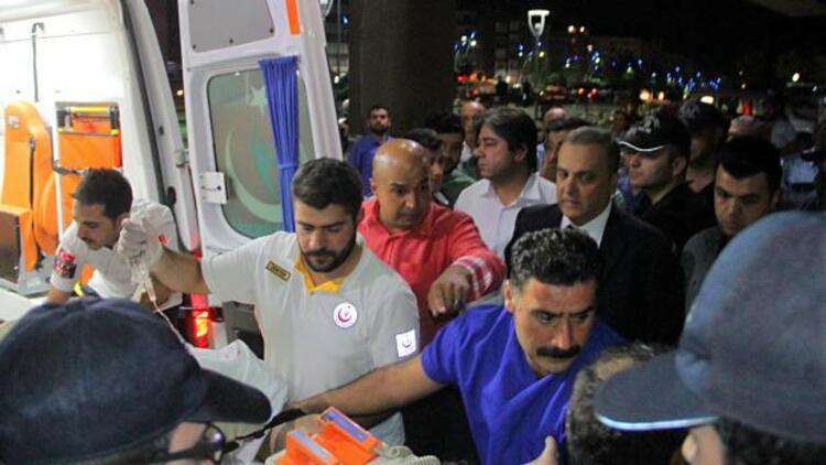 PKK'lılar Hozat İlçe Emniyet Amiri'nin aracını taradı: 2 polis yaralı