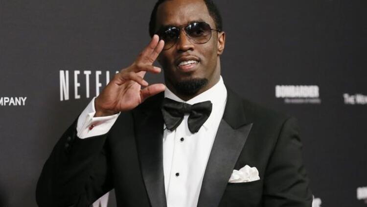 2015'in en çok kazanan hip hop şarkıcısı P. Diddy kimdir?
