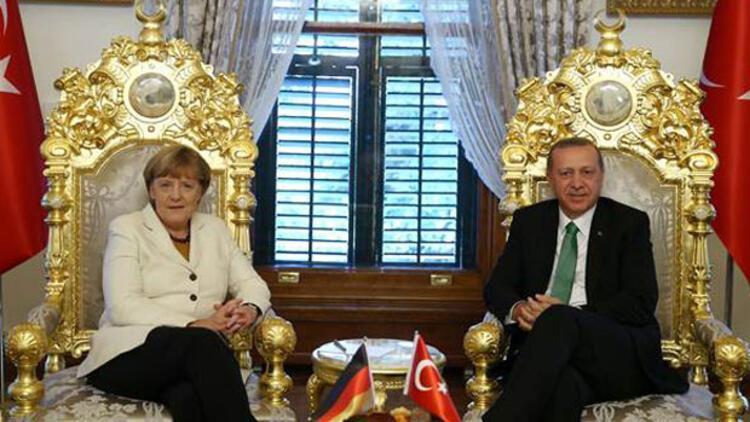 Erdoğan ile Merkel'in görüşmesi sona erdi