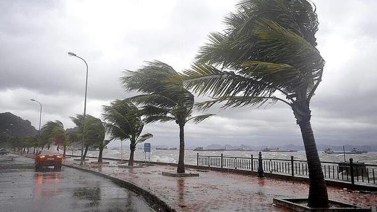 Antalya için çok kuvvetli yağış uyarısı: Öğrencileri teneffüse çıkarmayın