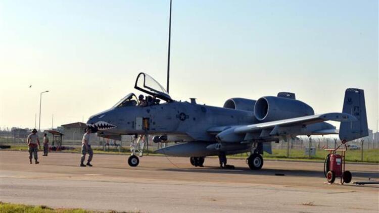 İncirlik'te F-16'lar yerini tank avcısı A-10'lara bıraktı