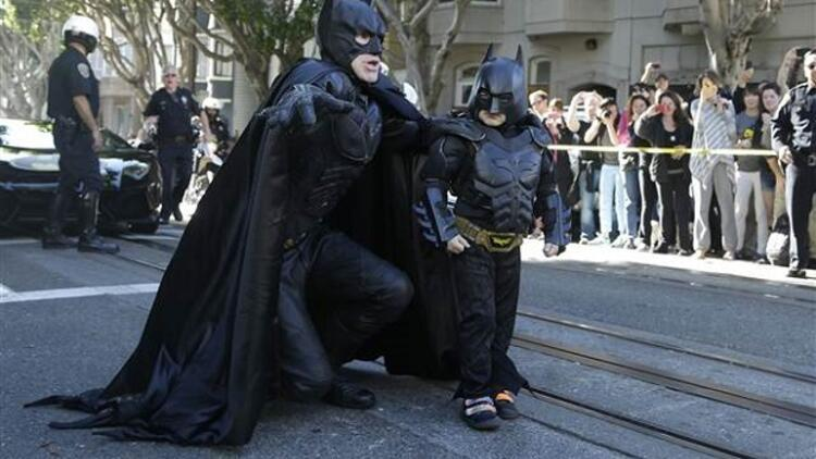 Batkid olup San Francisco'yu kurtardı