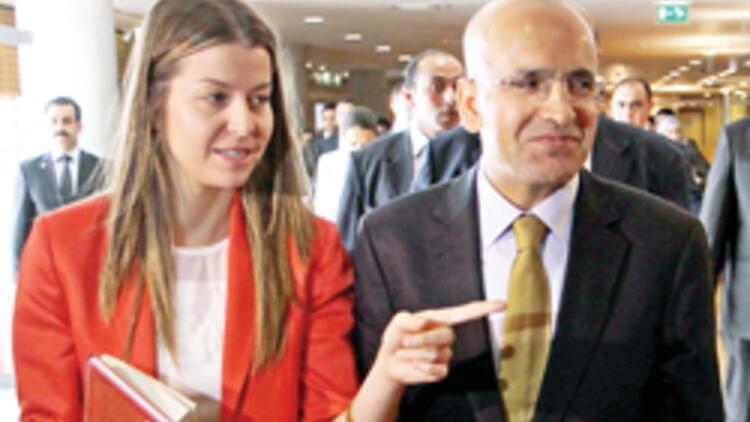 Mehmet Şimşek'in ikiz bebek sevinci