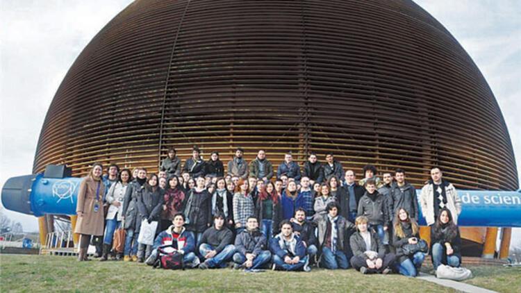 CERN'e artık 'ortağız'