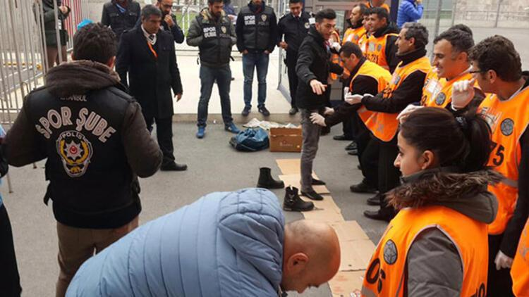 Trabzonlular'ın ayakkabılarını bile çıkarttırdılar