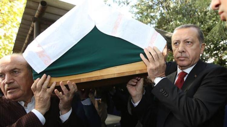 Cumhurbaşkanı Erdoğan, Çatalca'da arkadaşının cenaze namazına katıldı