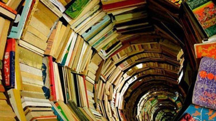 TÜBİTAK 50 bin kitabı toplattı, bir köşe yazısıyla ortaya çıktı