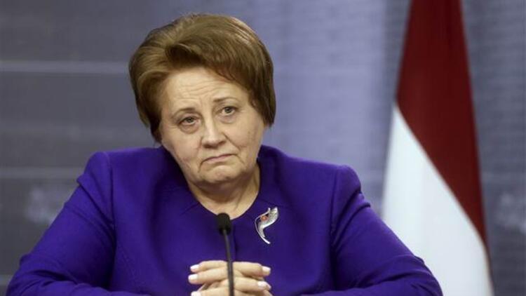 Letonya Başbakanı istifa etti