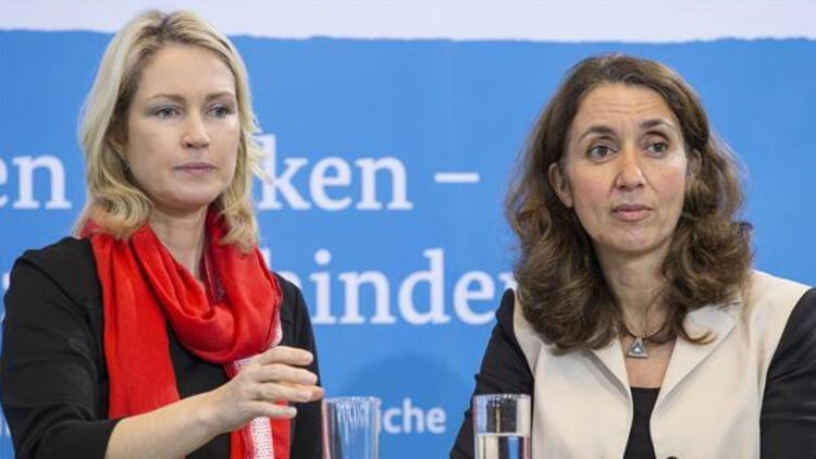 Almanya'da aşırı sağla mücadele için bir araya geldiler