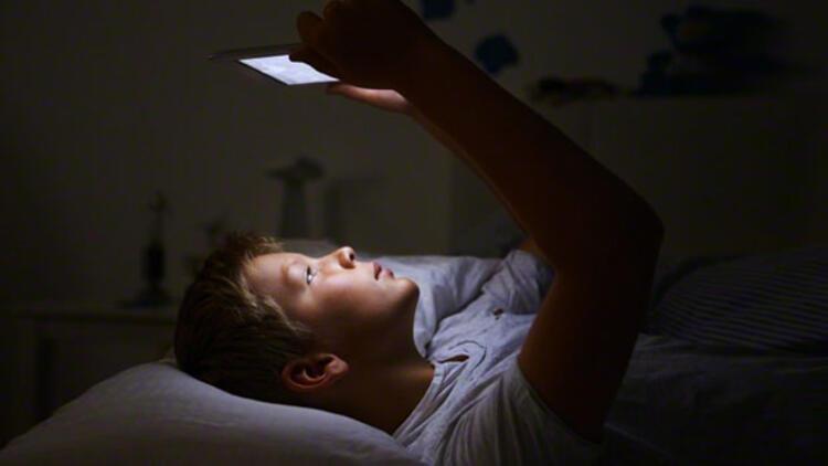 Teknolojik cihazlar çocukları nasıl etkiliyor?