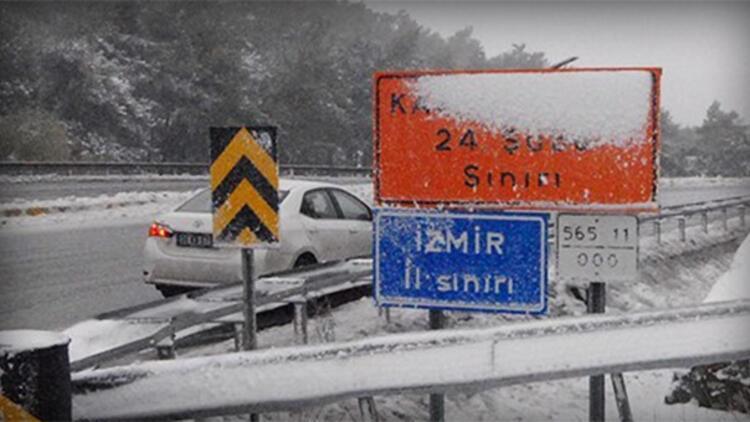 İzmir'de Kar Yağışı Başladı mı? Okullar Tatil mi?