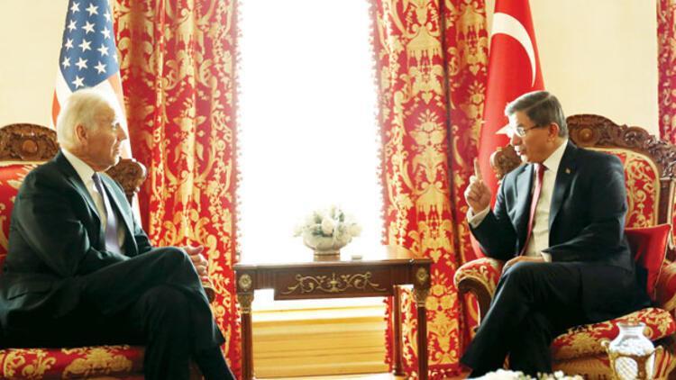 Joe Biden PKK'ya vurdu, PYD'ye sustu