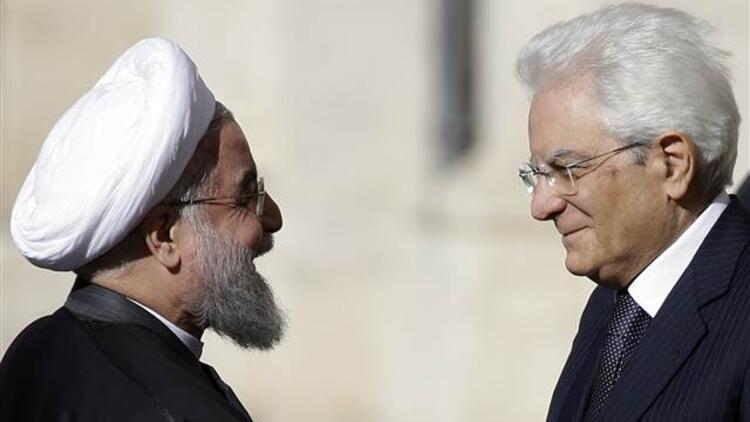Ruhani'nin İtalya ziyaretinde 'çıplak' heykeller gizlendi