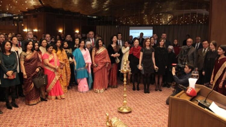 Hindistan 67. Cumhuriyet Bayramı'nı kutladı