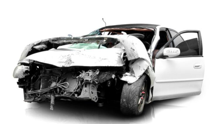 Bir kaza anında neden ağır çekimde hareket ediyormuş gibi hissederiz?