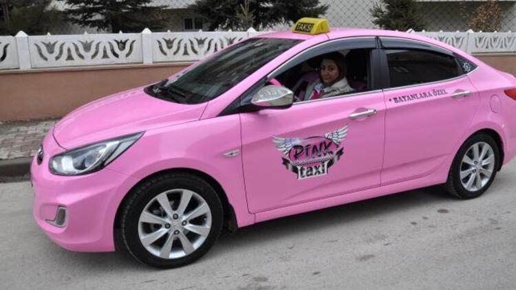 Türkiye'de bir ilk: Pembe taksi