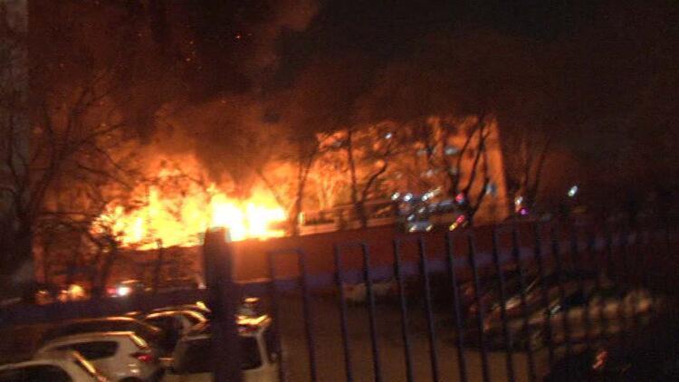 Davutoğlu'ndan patlama sonrası açıklama