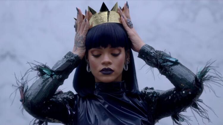 Rihanna, Michael Jackson ve Madonna'yı geride bıraktı