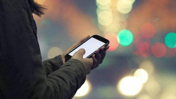 Akıllı telefonlarınız sizi dinliyor olabilir